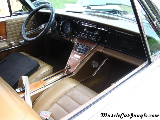 1965 Buick Riviera Interior Right
