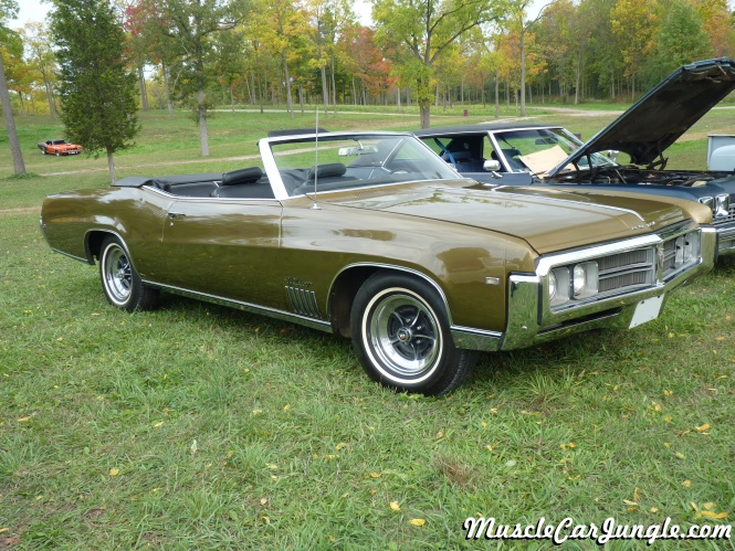 1969 Buick Wildcat Convertible Front Right