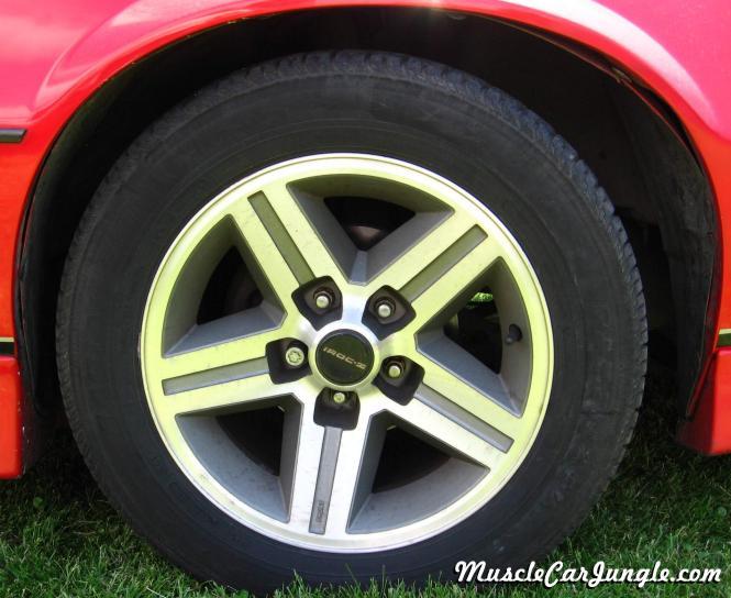 Camaro Iroc Z Wheel