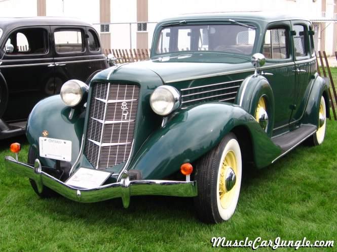 1935 auburn 851 4 door for 1935 dodge 4 door sedan