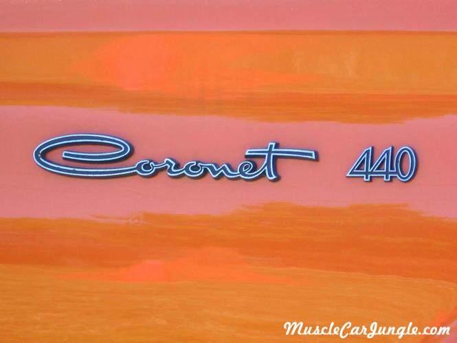 Coronet 440 Emblem