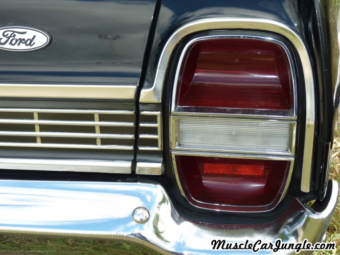 Classic Muscle Cars >> 1968 Ford Galaxie Tail Light
