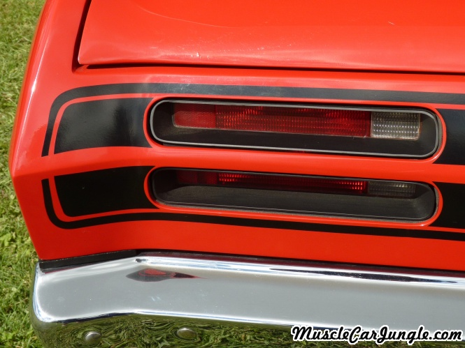 1971 340 wedge duster tail lights