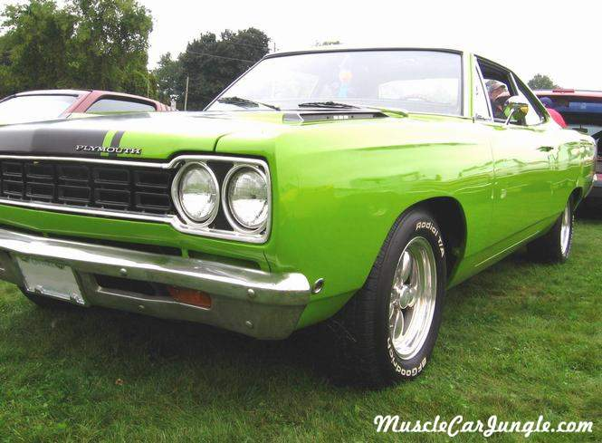 1968 Plymouth Roadrunner Front