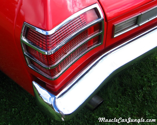 Classic Muscle Cars >> 1969 Pontiac Beaumont Tail Light