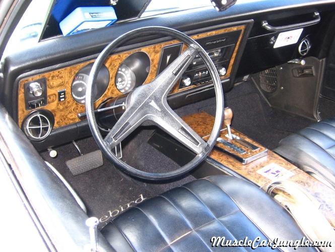 1969 Pontiac Firebird 400 Dash
